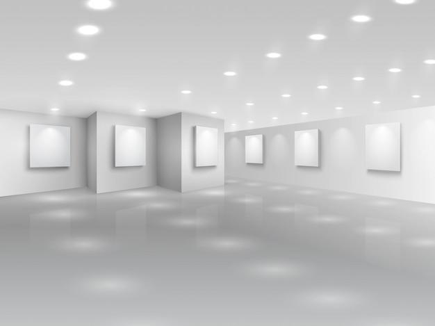 Реалистичный холл галереи с белыми холстами Бесплатные векторы