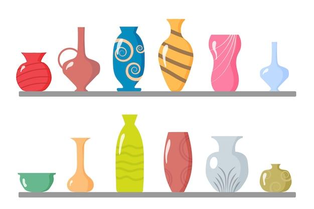 セラミック花瓶のコレクション。キッチン用品、土器、鉢。色付きセラミック花瓶オブジェクト、花、花柄、抽象模様のアンティークカップ。インテリアの要素。図。 Premiumベクター