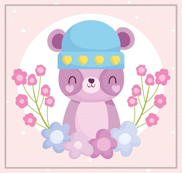 Детский душ, милый плюшевый мишка в шляпе и мультяшный декор из цветов Premium векторы