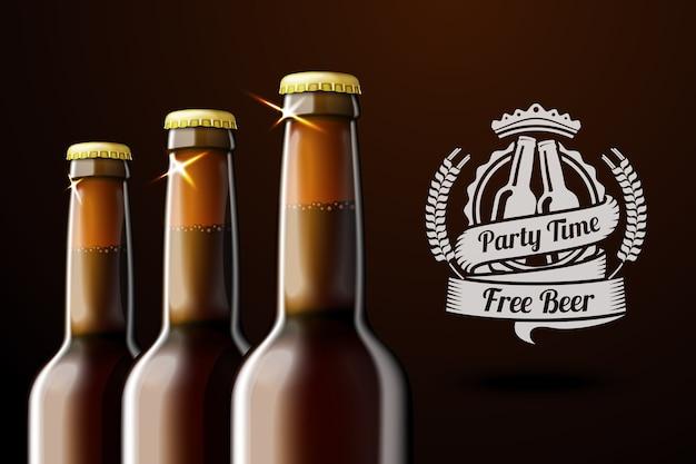 Баннер для рекламы пива с тремя реалистичными коричневыми пивными бутылками и пивной этикеткой с местом для текста и. на темном фоне. Premium векторы
