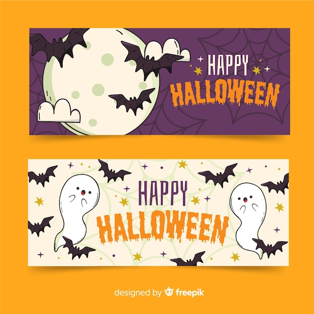 Bats in night hand drawn halloween banners Free Vector