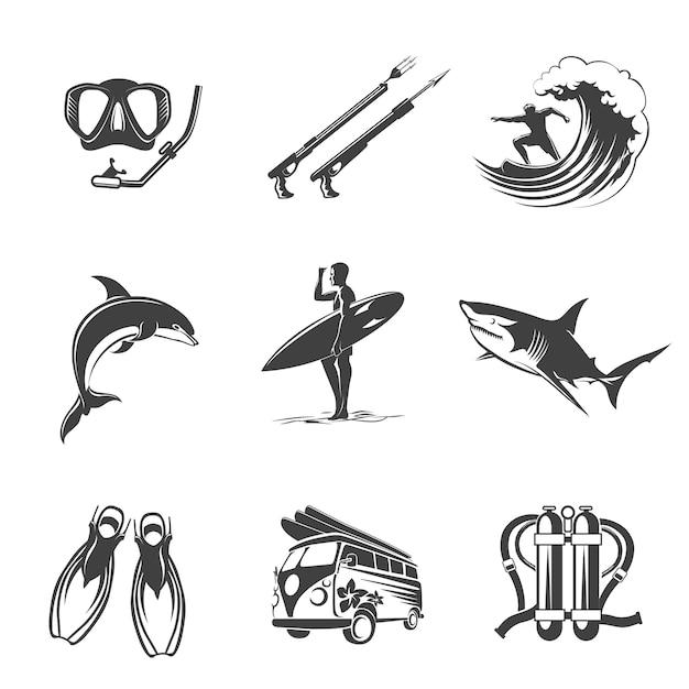 비치 아이콘 블랙 세트. 여름, 휴가 및 관광 표지판. 레저와 사냥, 돌고래와 상어, 지느러미와 스쿠버, 스피어 피싱 서핑과 다이빙. 무료 벡터