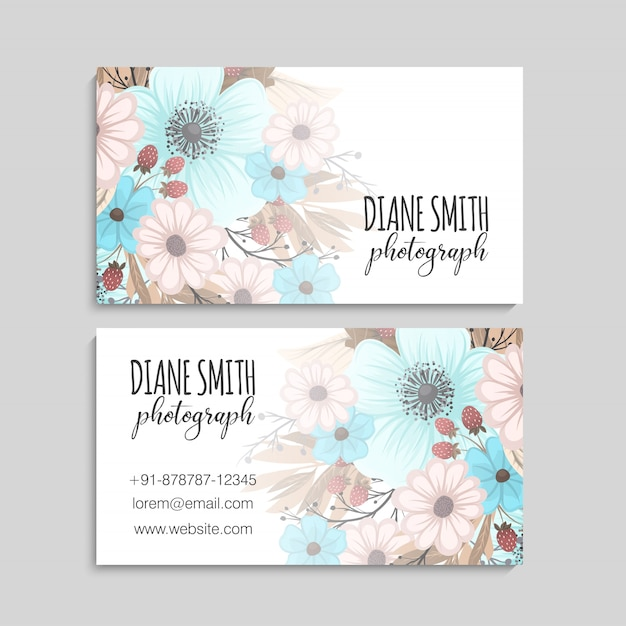 Beautiful floral design bussiness card. vector illustration Free Vector