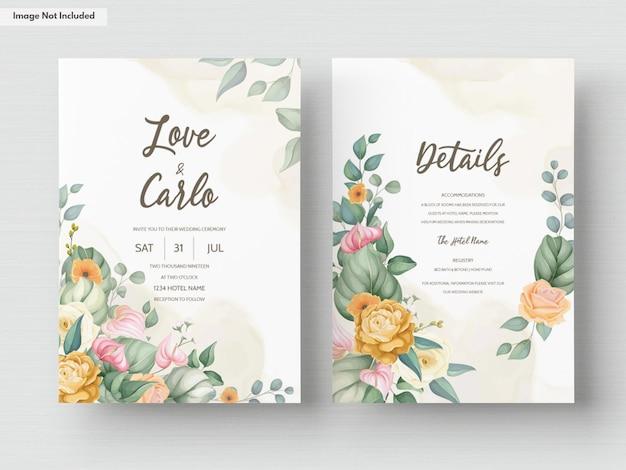 Bella mano disegno disegno floreale invito a nozze Vettore gratuito