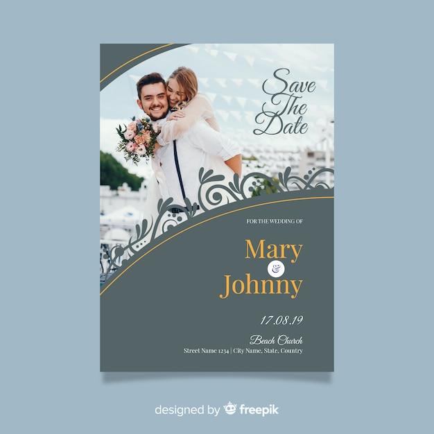 Beautiful ornamental wedding invitation template with photo Free Vector