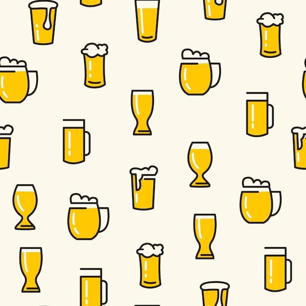 Пивные бокалы бесшовные модели с различными видами бокалов вытащили светлое пиво на белом Бесплатные векторы