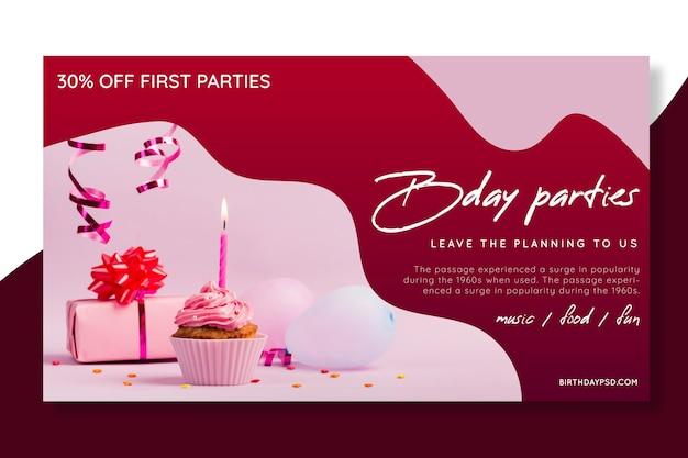 Concetto di banner di compleanno Vettore gratuito