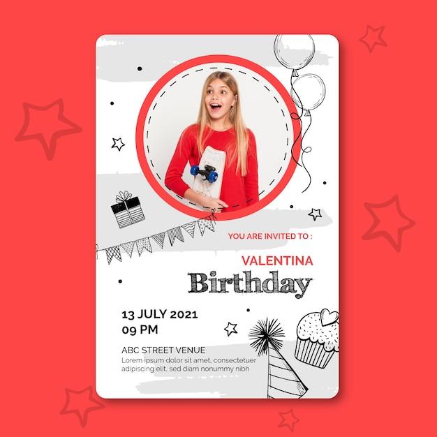 Modello di carta di compleanno con foto Vettore gratuito