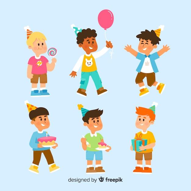 Raccolta di bambini di compleanno Vettore gratuito