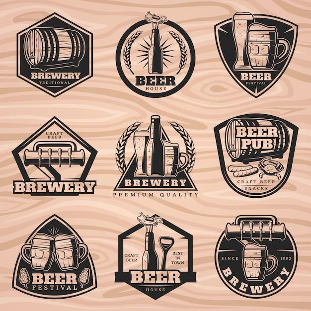 Set di etichette di birra nera Vettore gratuito
