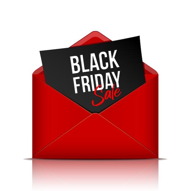 Черная пятница надпись на листе черной бумаги в реалистичном красном конверте Premium векторы