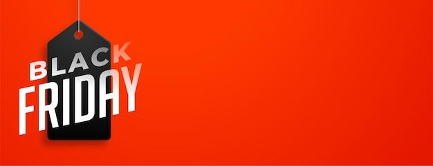 Etichetta di vendita venerdì nero sulla bandiera rossa Vettore gratuito
