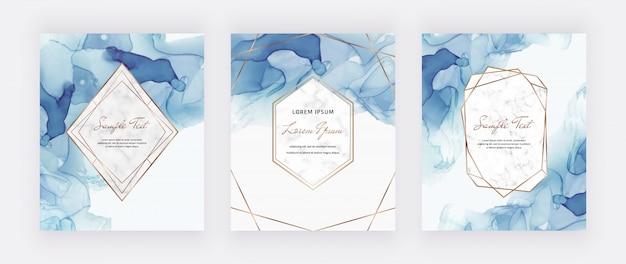 大理石と金の多角形フレームの青いアルコールインクカード。抽象的な手描きの背景。 Premiumベクター