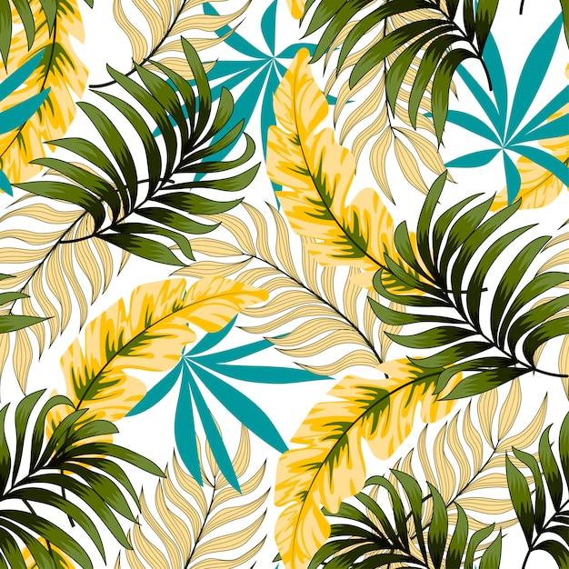 Ботанический бесшовный тропический узор с яркими листьями и растениями на тонком фоне Premium векторы