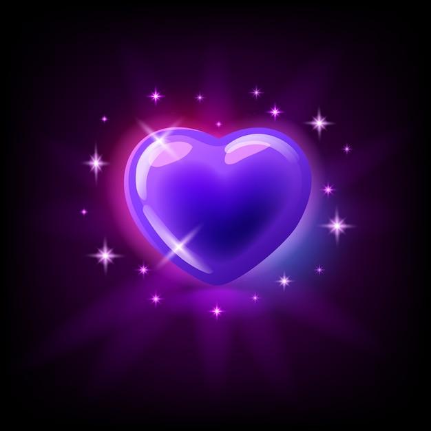 Ярко-фиолетовое глянцевое сердце с блестками, значок слота для онлайн-казино или логотип для мобильной игры на темно-фиолетовом фоне, иллюстрация Premium векторы