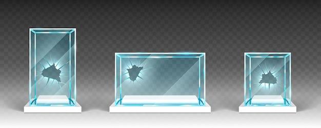 Витрины битого стекла с отверстиями Бесплатные векторы