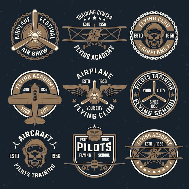 Коричневый набор эмблемы самолета Бесплатные векторы
