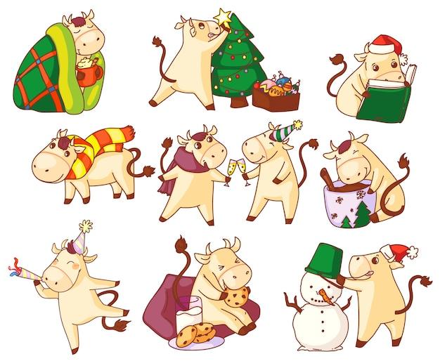Символ года быка. симпатичный каваи бык новогодний символ символа на белом фоне. знак китайского зодиака в праздничной шапке и рождественской шляпе, праздничная иллюстрация Premium векторы