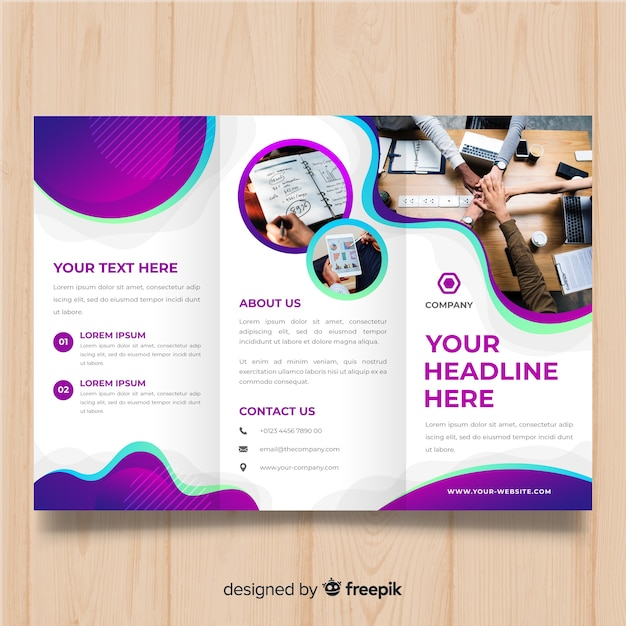 Business trifold brochure Free Vector
