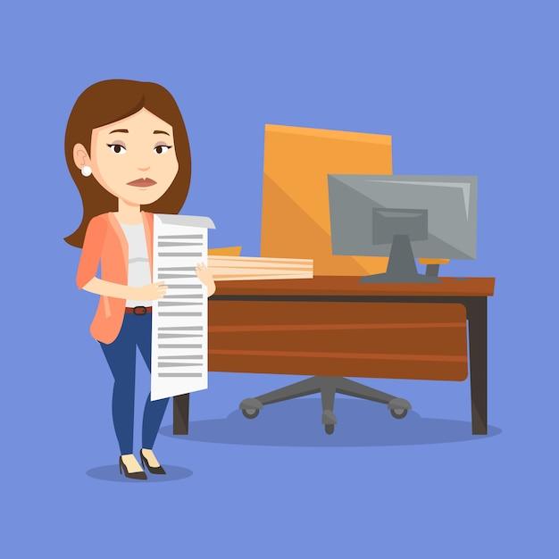 Бизнес женщина, держащая длинный счет. Premium векторы