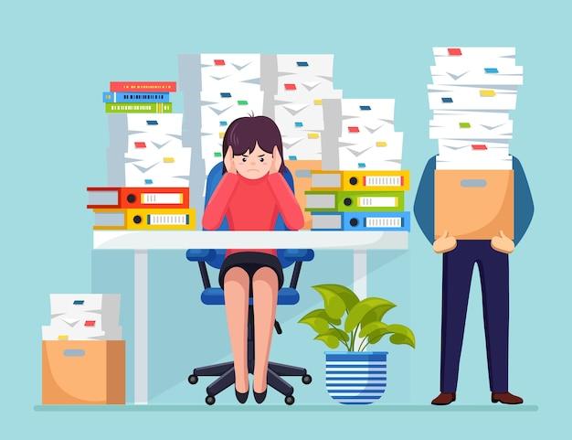 Ảnh minh họa Doanh nhân bận rộn với chồng tài liệu trong thùng carton, hộp các tông. nữ doanh nhân làm việc tại bàn. nội thất văn phòng với máy tính, laptop, cà phê. thủ tục giấy tờ