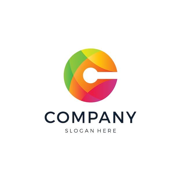C文字ロゴ Premiumベクター