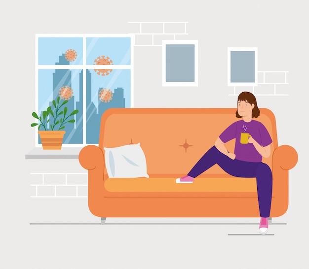 Кампания остаться дома с женщиной в гостиной, пить кофе Бесплатные векторы