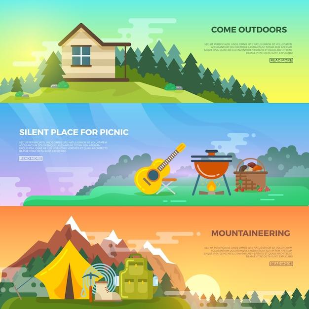 Кемпинг вектор плоский баннер набор. приключенческий походный баннер, туристический горный баннер, палатка и рюкзак, иллюстрация баннера альпинизма Бесплатные векторы