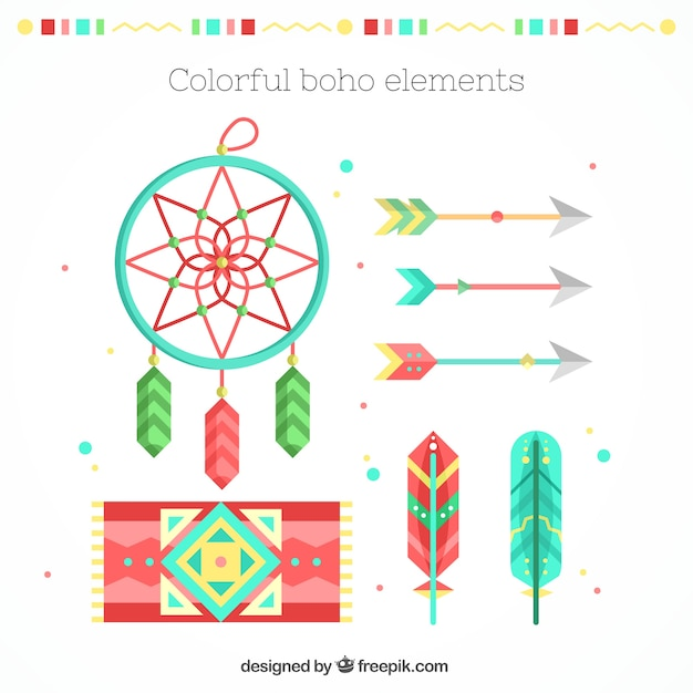 Carpet set with other ethnic elements in flat design Free Vector