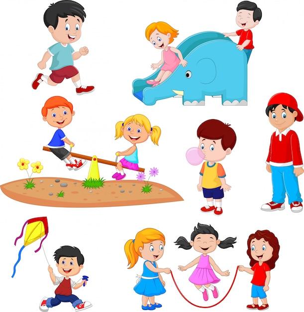 Cartoon kids playing Premium Vector