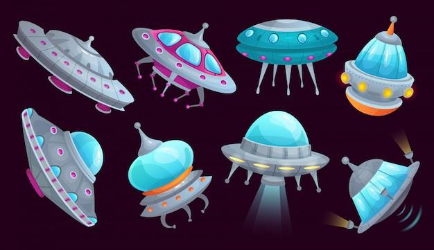 漫画のufoの宇宙船。エイリアンの宇宙船の未来的な乗り物、宇宙侵略者船と空飛ぶ円盤分離セット Premiumベクター