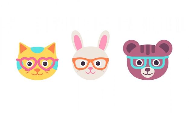Кошка-заяц, медведь в очках. , симпатичная голова животного. мультфильм котенок, кролик, набор символов медведя. сладкий силуэт, плоские изолированные. коллекция икон. смешная иллюстрация Premium векторы