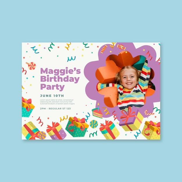 Modello di carta di compleanno per bambini Vettore gratuito