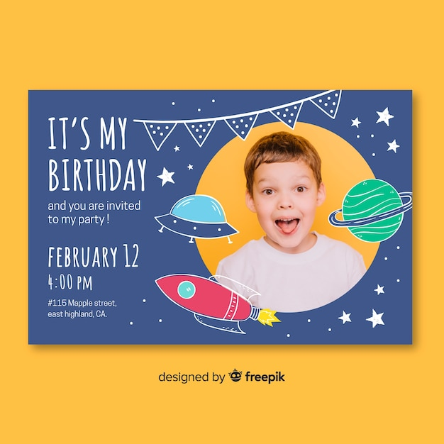 Children birthday invitation template with photo Free Vector