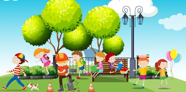Children hanging out at the park Free Vector
