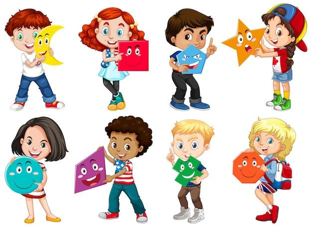 Bambini che tengono la forma di matematica Vettore gratuito