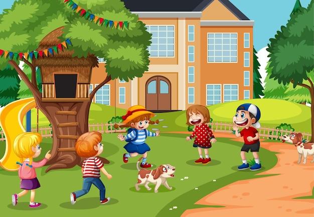Bambini che giocano nella scena del parco giochi Vettore gratuito