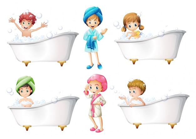 Дети принимают ванну Бесплатные векторы