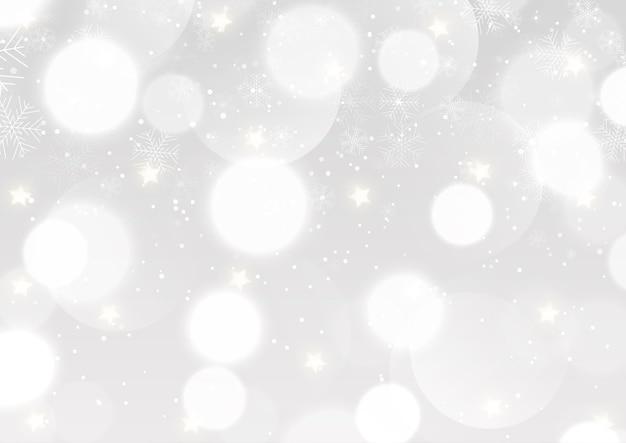 Новогодний фон с серебряными огнями боке и снежинками Бесплатные векторы