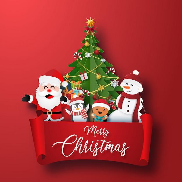 Рождественский персонаж и новогодняя елка с красной этикеткой Premium векторы