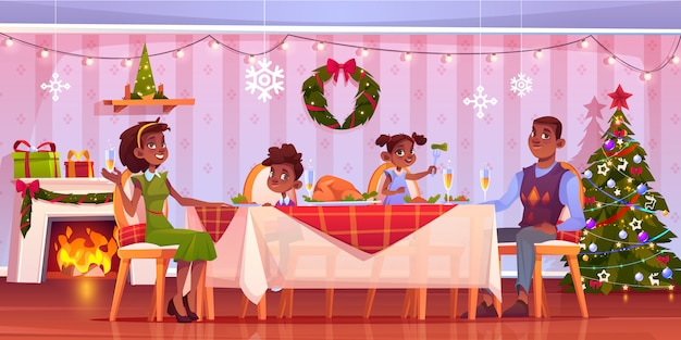 Christmas dinner, happy family sitting at festive served decorated table with food and drinks. cartoon illustration Free Vector