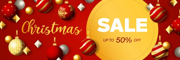 Christmas sale banner design with discount circular label Free Vector
