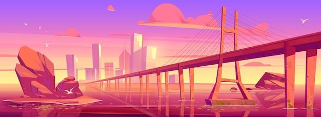 日没時に湖や川の上に建物や橋がある街のスカイライン。 無料ベクター