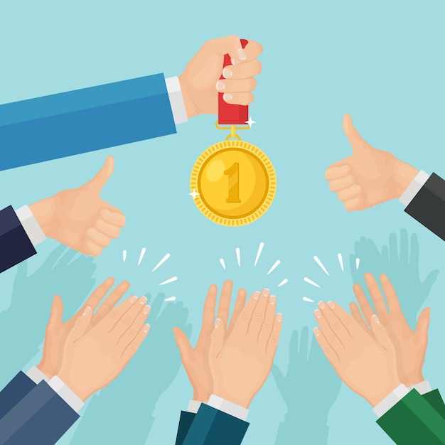 手をたたく。勝者に拍手するビジネスマン。男は金メダルを持っています。拍手、歓声、拍手 Premiumベクター