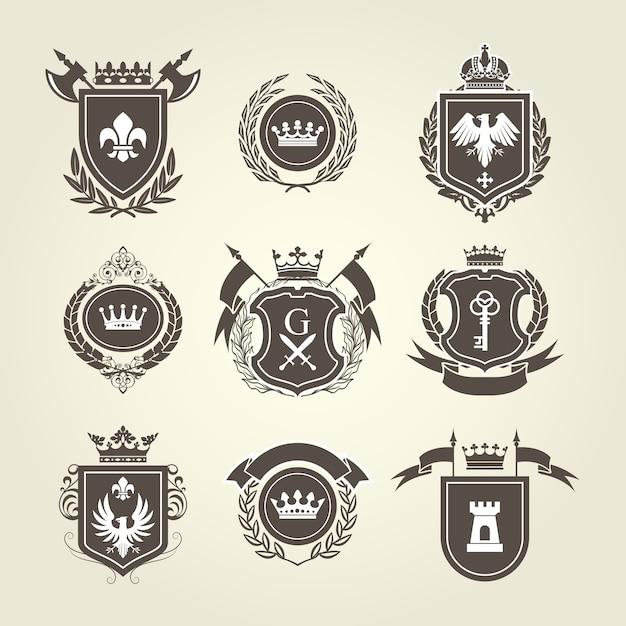 紋章と騎士の紋章-紋章入りの盾 Premiumベクター