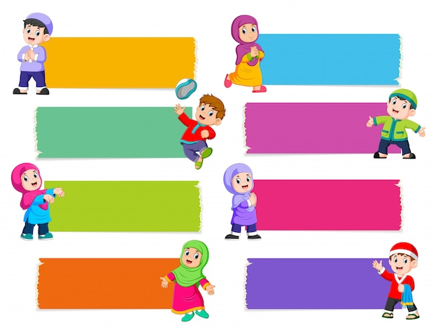The collection of the blank board with the different color with the islamic children Premium Vector