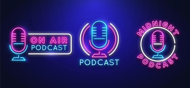 Raccolta di modelli di loghi podcast al neon Vettore gratuito