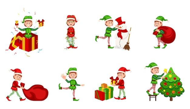白い背景の上のクリスマスのエルフのコレクション。さまざまな位置にあるクリスマスのエルフ。サンタクロースヘルパー漫画、かわいいドワーフエルフ楽しいキャラクター、サンタクロースヘルパー、クリスマスリトルグリーンファンタジー Premiumベクター