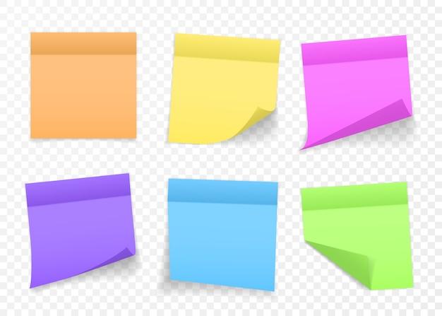 Коллекция разноцветных листов для заметок с загнутым уголком и тенью, готовая для вашего сообщения. реалистично. изолированные на прозрачном фоне. задавать. Premium векторы