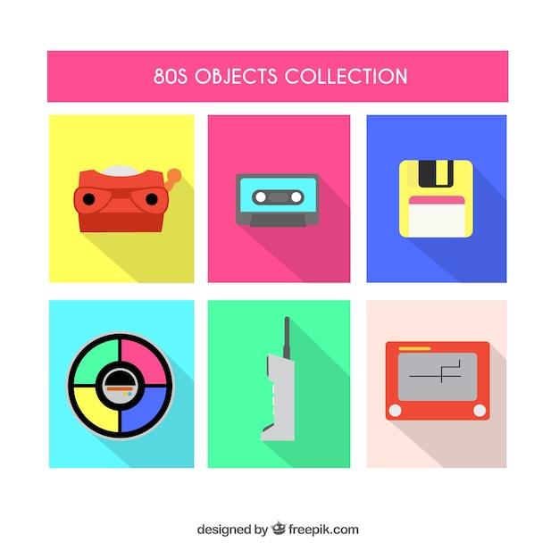 Коллекция плоских объектов восьмидесятых Бесплатные векторы